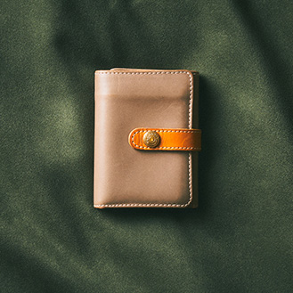 TRIFOLD SMALL WALLET WITH TAB