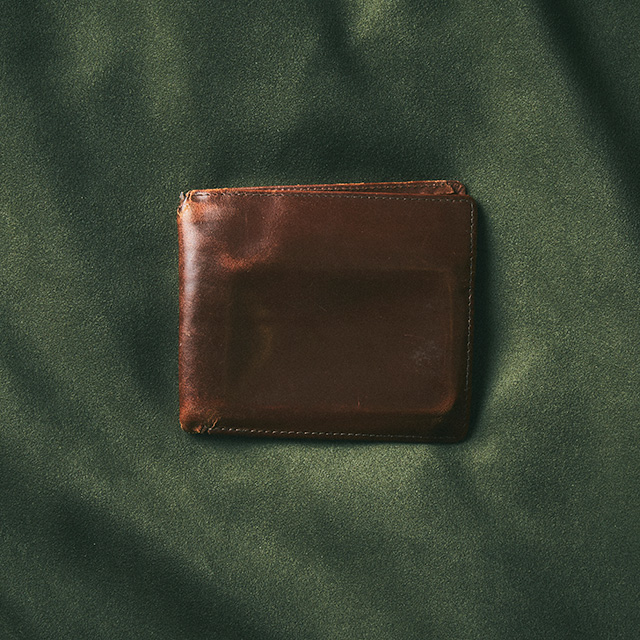 HIP WALLET WITHOUT COIN POCKET