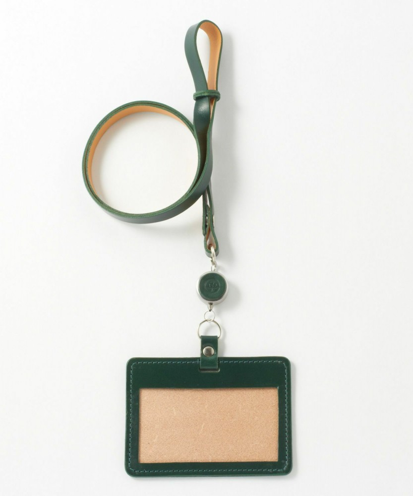 ID-CASE WITH REEL STRAP